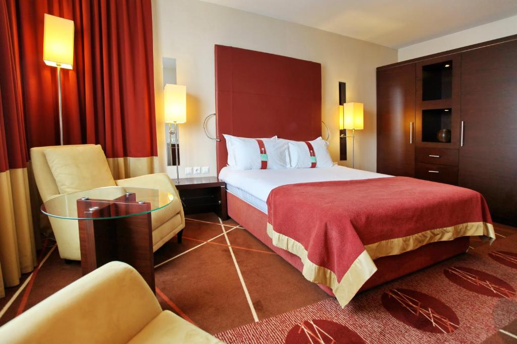 Holiday Inn_4